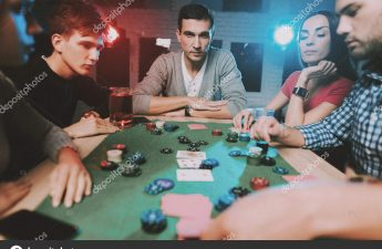 How to Enjoy Playing Poker With Friends